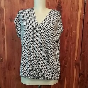 NWT Adrianna Papell blouse
